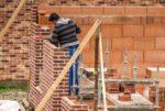 Les créations d'emplois s'accélèrent dans le secteur privé