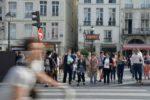 Les touristes chinois redécouvrent Paris, à la recherche d'authenticité